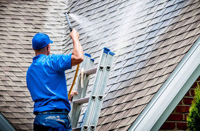 smithtown roof cleaning